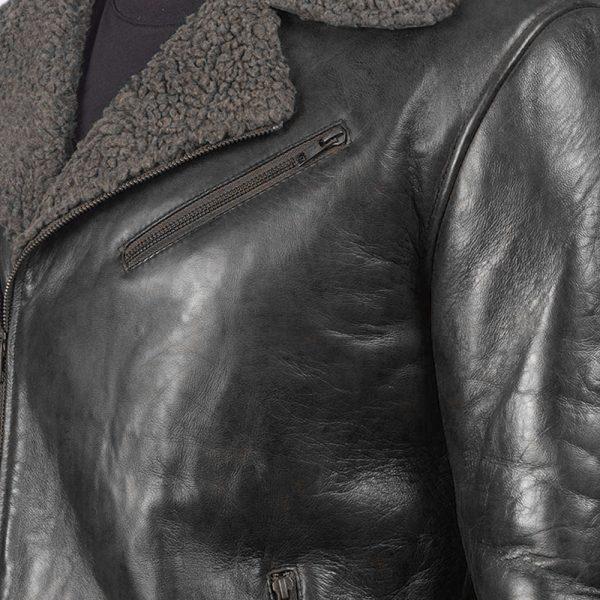 robo-black-shearling-men-detail