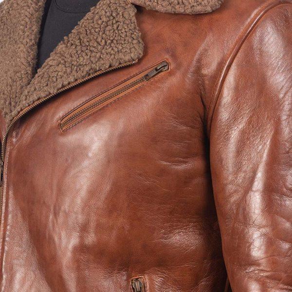 robo-brown-shearling-men-detail